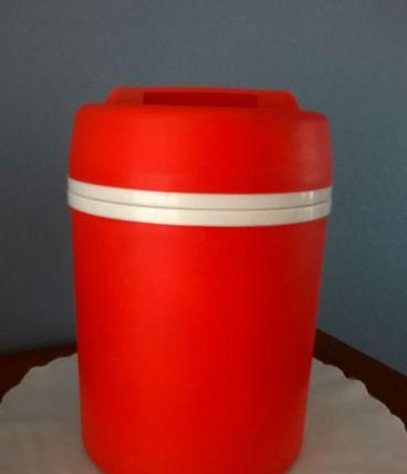 Boîte isotherme MOBIL orange années 1970