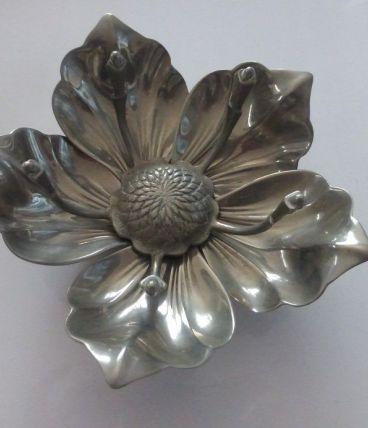 Cendrier Fleur vintage