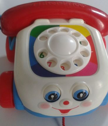 ADORABLE TELEPHONE FISHER PRICE VINTAGE