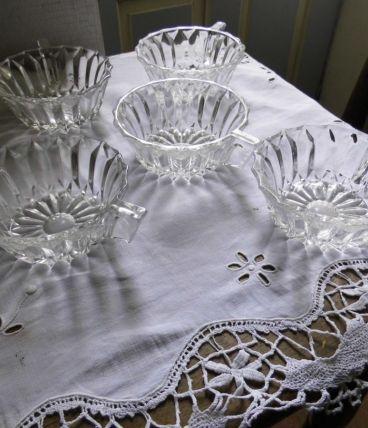 Lot de 5 coupelles en cristal taillé