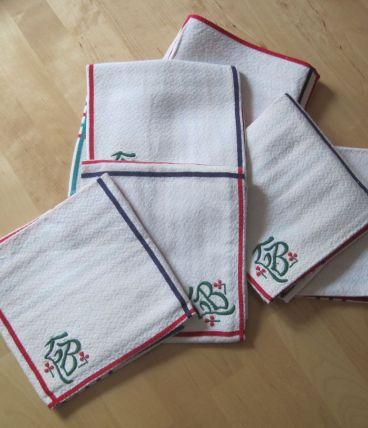 6 serviettes de table  en coton anciennes monogramme LB
