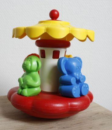 Manège culbuto à formes Playskool