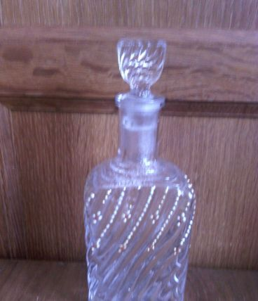 Flacon de parfum ancien en verre