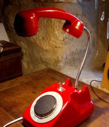 Lampe téléphone et enceinte bluetooth