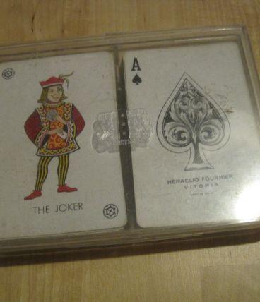 deux jeux de carte d'Espagne   bon état très beau dos COMPL