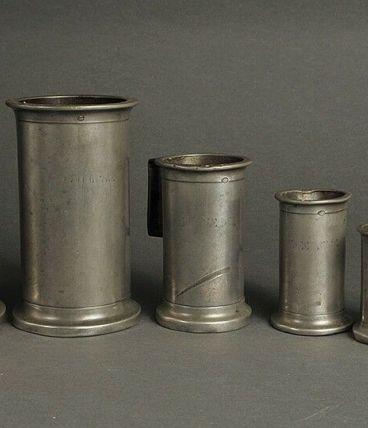 ancienne Série de sept mesures en étain XIXème siècle