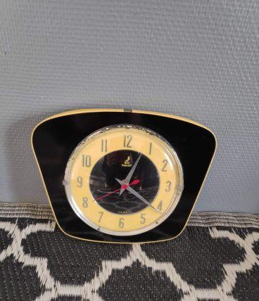 pendule Jaz transistor licato jaune et noire