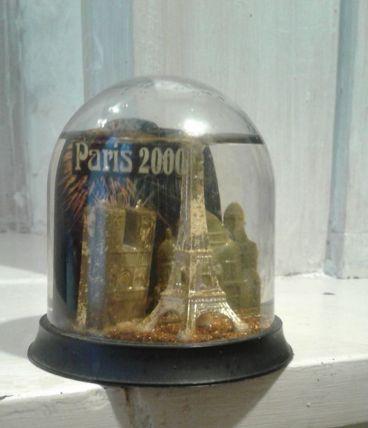 Boule à neige Paris 2000 BRUOT
