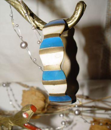 Bracelet laiton, nacre et pierre bleue naturelle