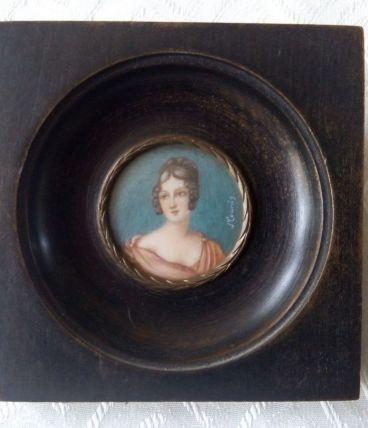 Peinture miniature Portrait d'Élégante Signée J.COUNIS