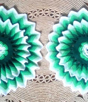 Deux housses de coussins en laine fait main - Années 70
