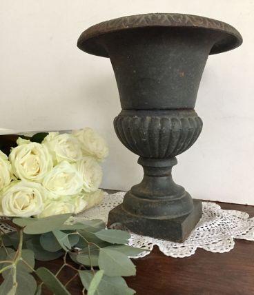 Vase Medicis en fonte pour le jardin ou l'intérieur