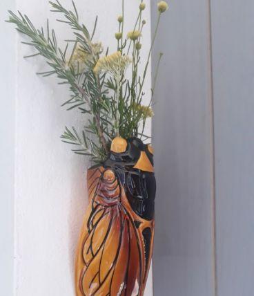Cigale bouquetière, murale
