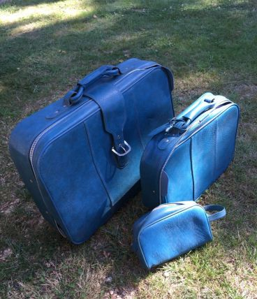 1 valise (grande)  vintage avec sacoche de toilette