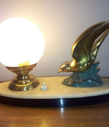 Lampe de chevet Art Déco. Vol d'Hirondelle