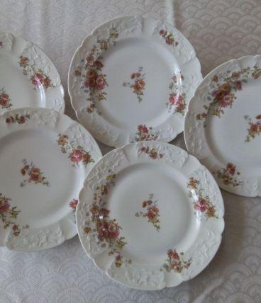 5 assiettes plates Porcelaine de LIMOGES B&Cie