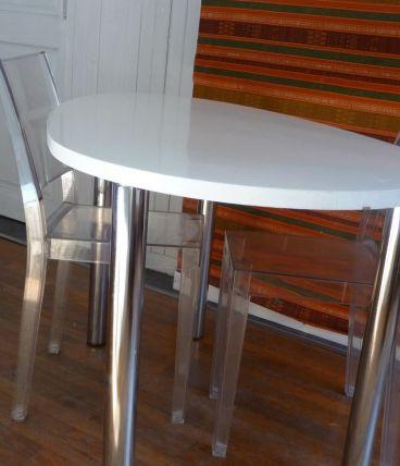 Suite DESIGN 2 chaises STARK -LA MARIE + table HABITAT