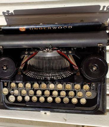 Machine à écrire underwood standard portable typewriter