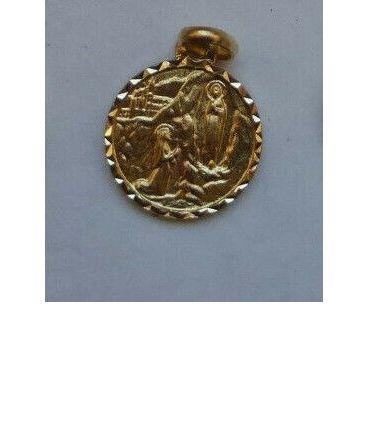 petite médaille dorées : APPARITION LOURDES + basilique