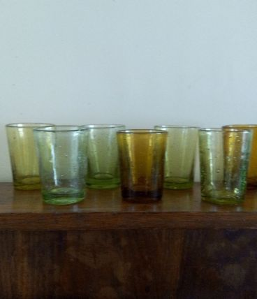 9 tasses à expresso / verrines,  en verre