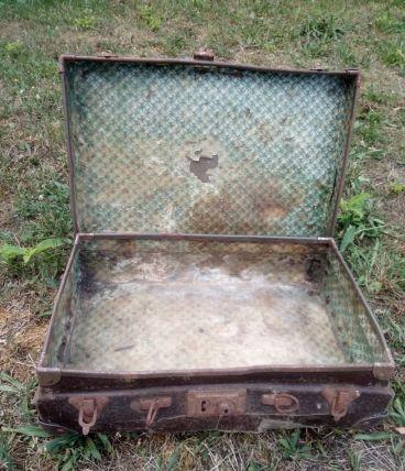 ancienne valise bois et cuir