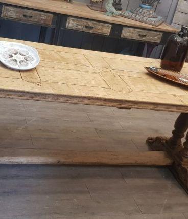 Belle table monastère,  plateau style parquet