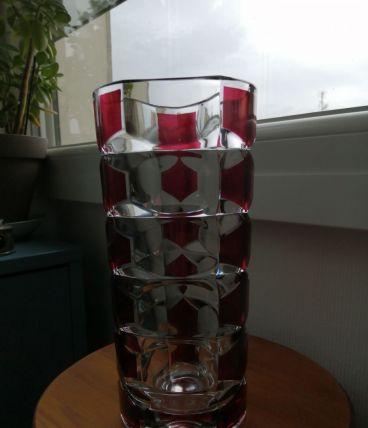 Vase à facettes des années 70