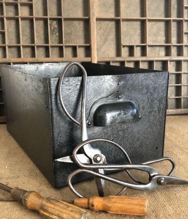 Casier industriel, tiroir d'atelier d'usine - M1