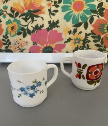 2 tasses vintage année 70