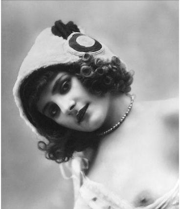 Photographie vintage femme cabaret nu - 1920 - 04