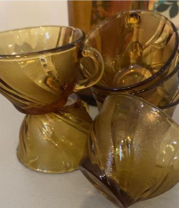 6 tasses en verre ambré Vereco France