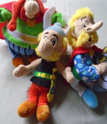 3 figurines peluches collection Albert René/Uderzo