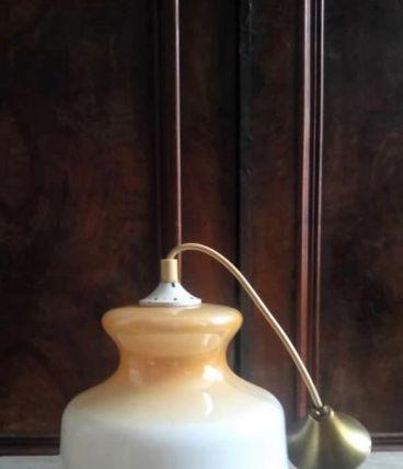 Suspension en opaline vintage