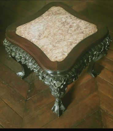 Table d'appoint chinoise ancienne