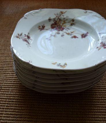 lot de 7 assiettes creuse porcelaine ancien  motif fleurs