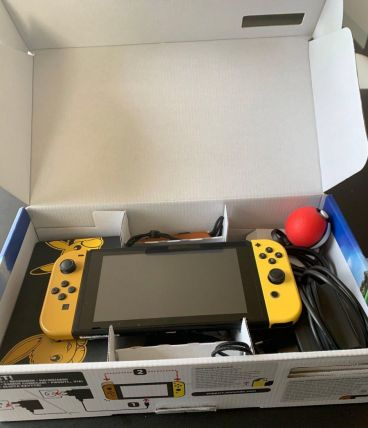 Nintendo Switch avec 11 Jeux