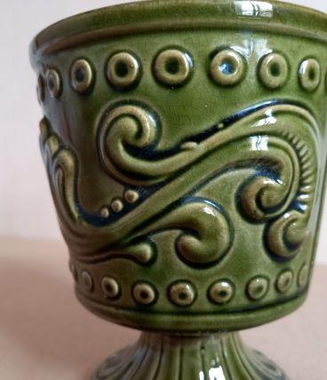 Petit vase faïence de forme piedouche vintage