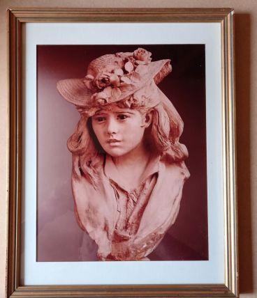 Petit tableau sous verre Houdon  la jeune fille au chapeau f