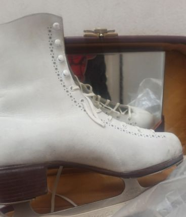 Patin à Glace en cuir made in Canada taille 38