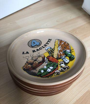 5 magnifiques assiettes en grès pour la raclette
