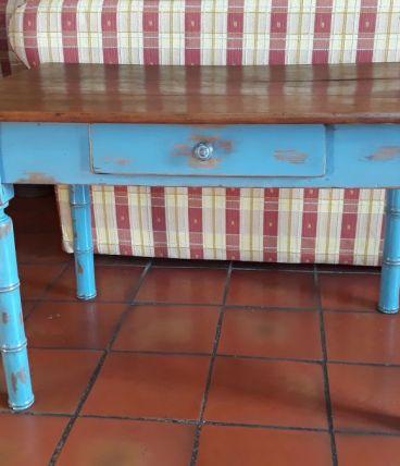 Ancienne petite table pour enfant