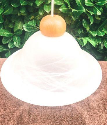 Baladeuse suspension vintage en opaline blanche