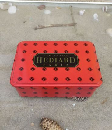 Boîte en métal '' HEDIARD ''