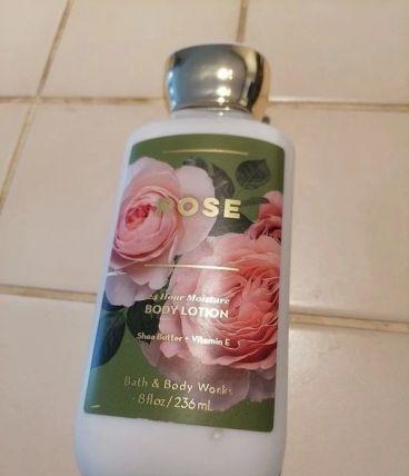 Lotion corps Rose Bath & Body Works neuve