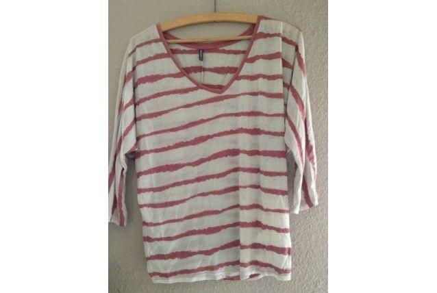 tee shirt rayé rose et blanc