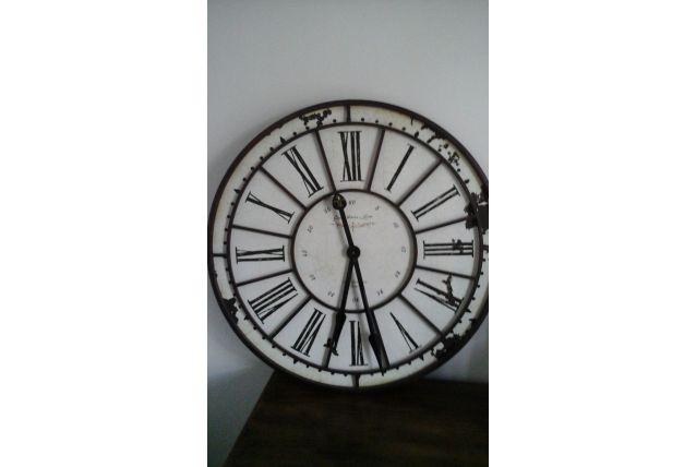 Horloge métal 74cm