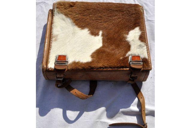 Cartable à dos d'écolier en cuir et peau de vache
