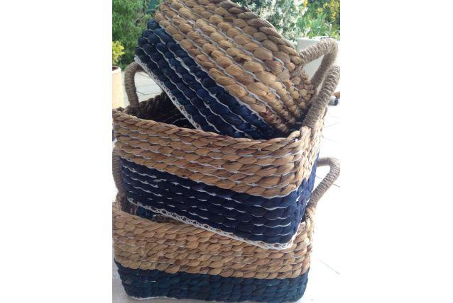 Paniers tressés en jacinthe d eau