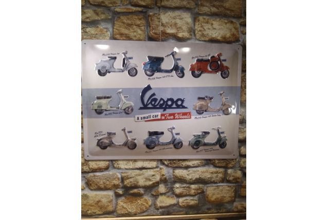 PLAQUE EN RELIEF VESPA