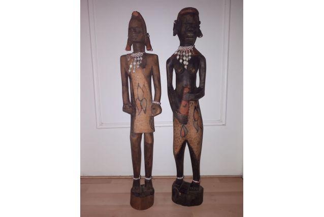 Couple de statue en bois